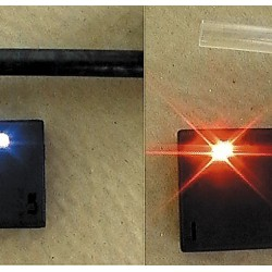 Detector de sarcini electrostatice